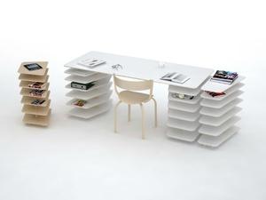Стол и этажерки Strates