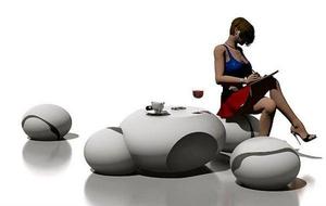Необычный стол в виде гальки
