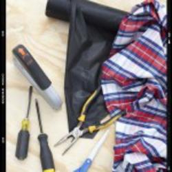Как обновить обивку Вашей мягкой мебели, какие при этом использовать обивочные инструменты и материалы