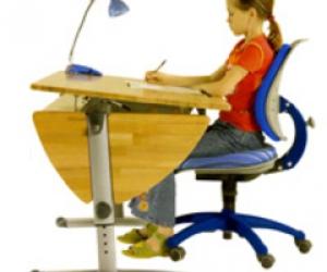 Письменный стол трансформер для ребенка